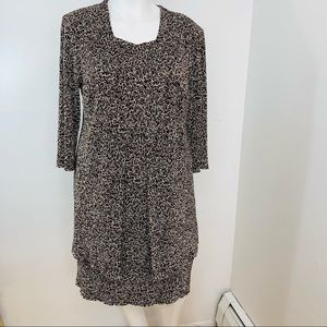 Connected Womans Dress 18W  Brown White Geo Print